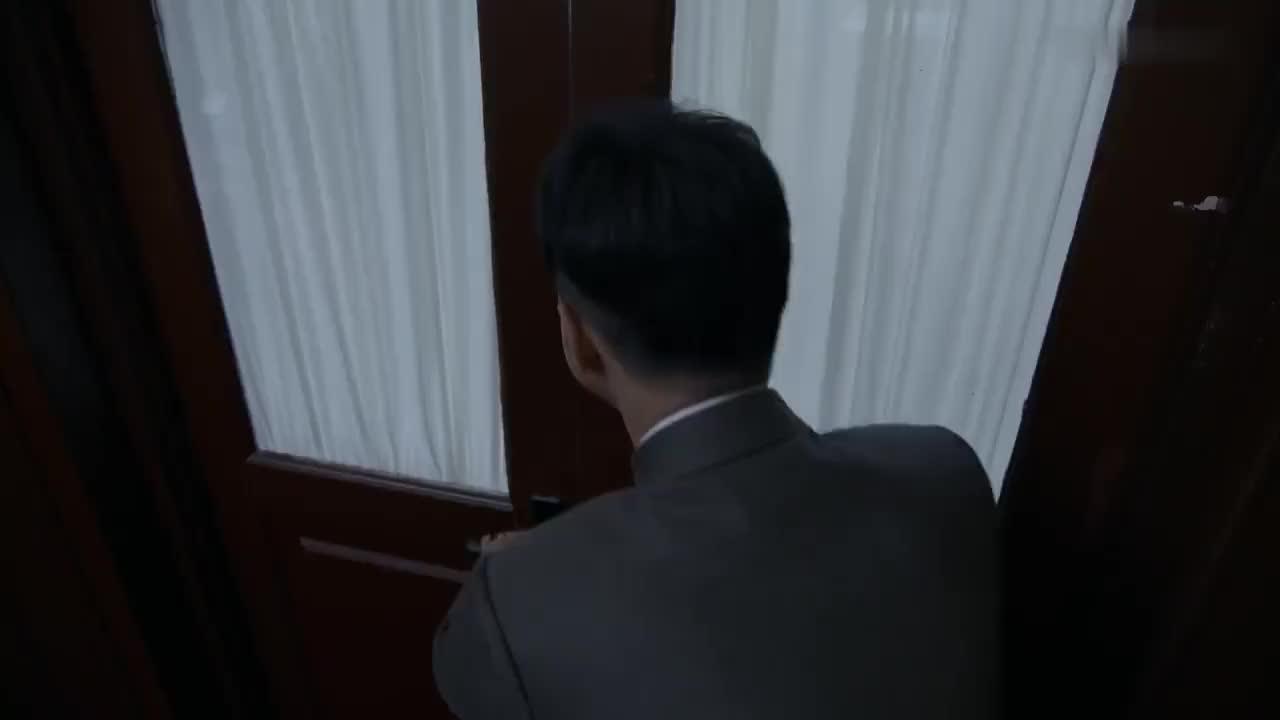 外交风云:外交部长室太奢华,周总理叮嘱下属一定要勤俭办外交