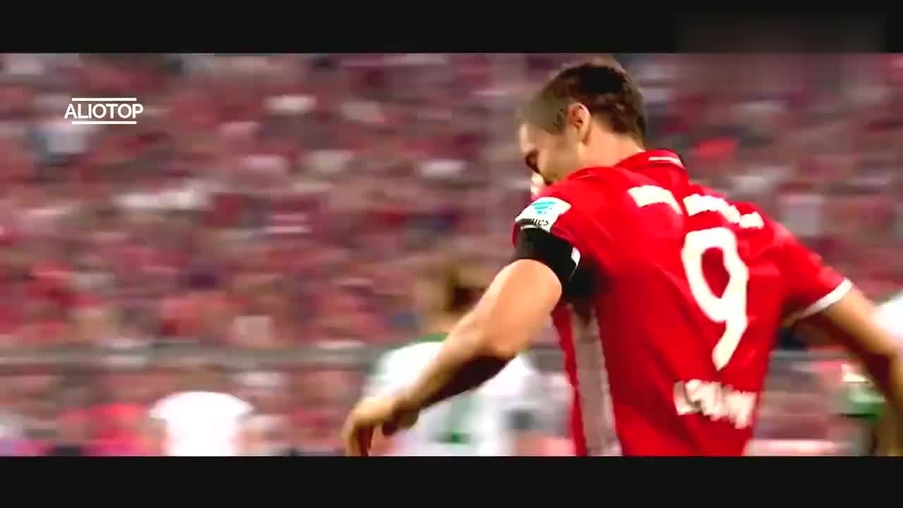 波兰足球战神莱万多夫斯基!让瓜迪奥拉难以置信的球员!
