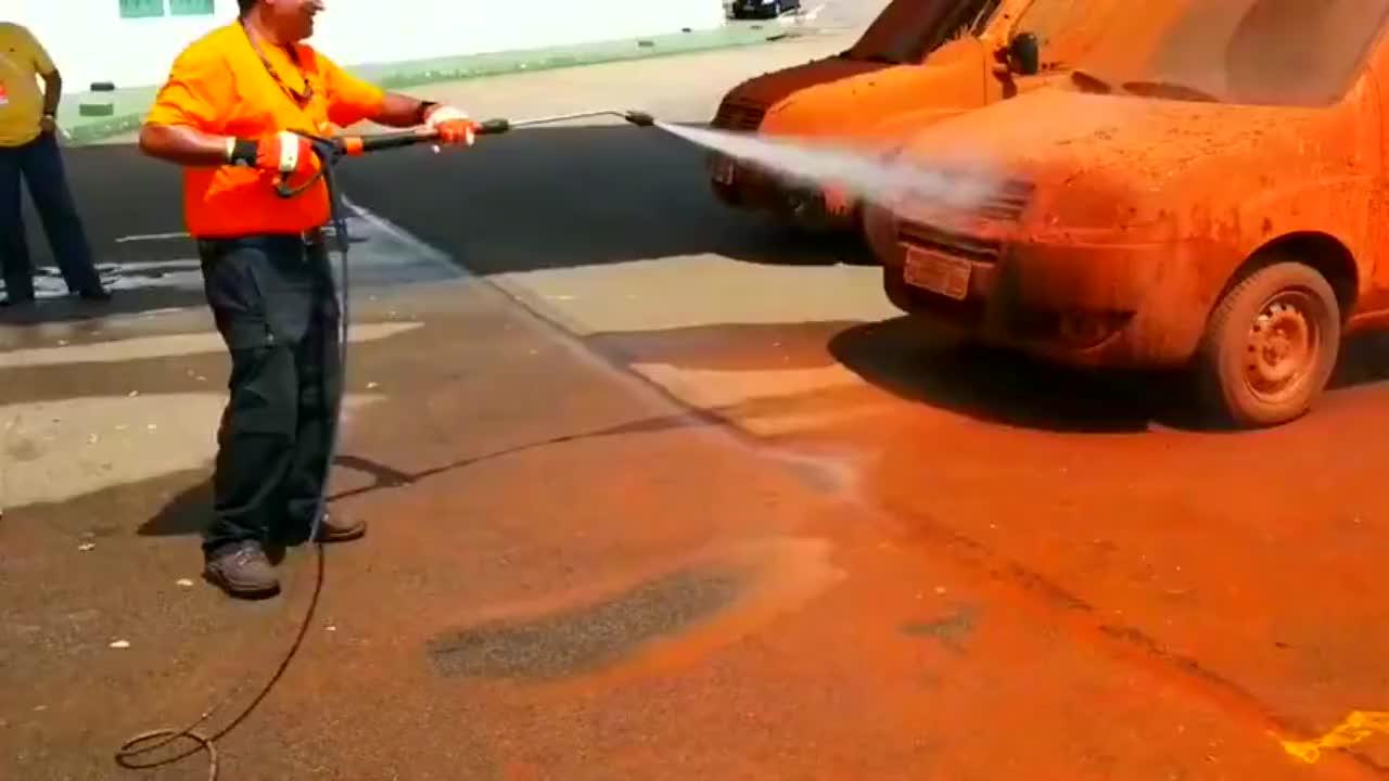 效果可比普通洗车方式高多了,就是有点浪费水