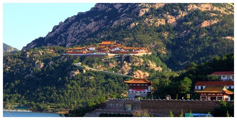 烟台有一个海阳市,一山藏有一寺院,未来将有大发展