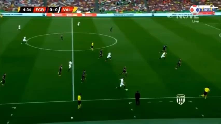 国王杯-梅西破门难救主,巴萨1-2不敌瓦伦西亚痛失冠军