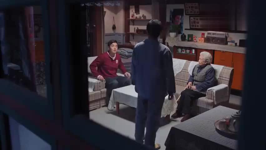 影视片段:老太太是答应了婚事,冯青的思想工作难做啊