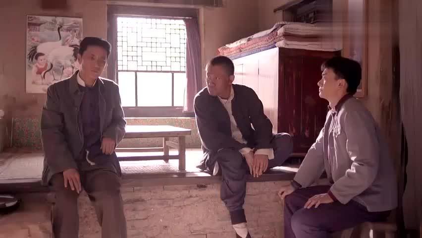 老农民:农村小伙要高考,填报志愿成难事,庄稼人不懂英语的好!