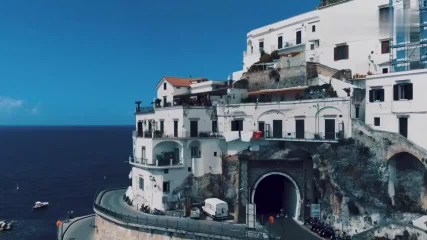 阿尔塔尼阿玛海岸,古城色彩、依山傍水、风景迷人