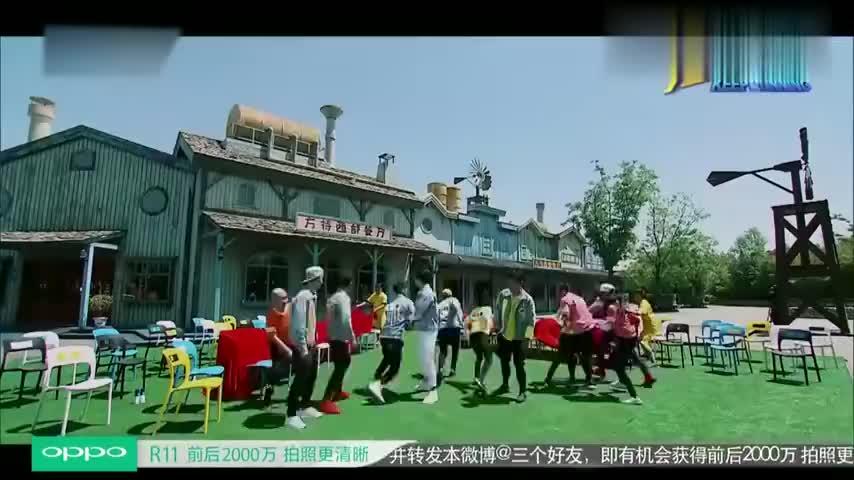 奔跑吧:王祖蓝跟女生抢椅子,被热巴林依晨暴打