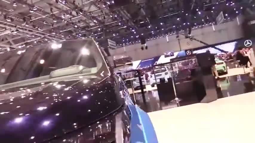 视频:路虎揽胜,这包围太霸气了,是男人做梦都想开的车