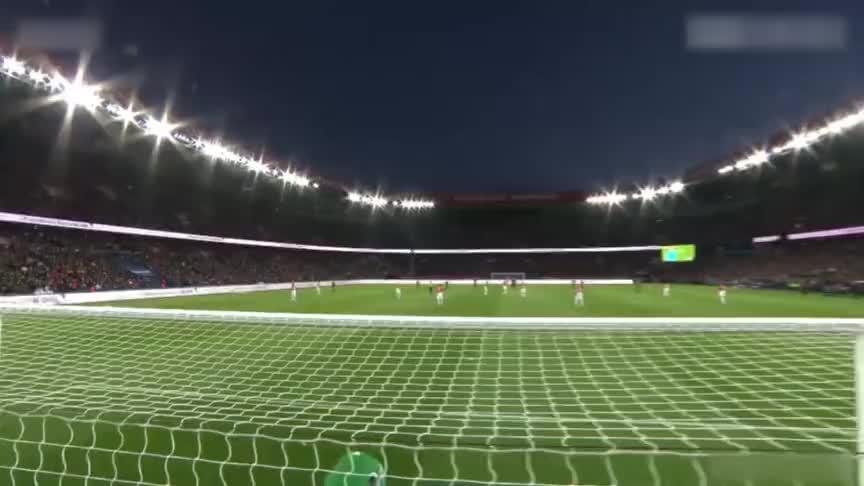 经典进球大战!巴黎7-1血洗摩纳哥 内马尔斩获法甲首冠!