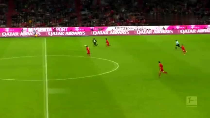 前途无量!阿方索戴维斯在拜仁拿出了世界级的表现!