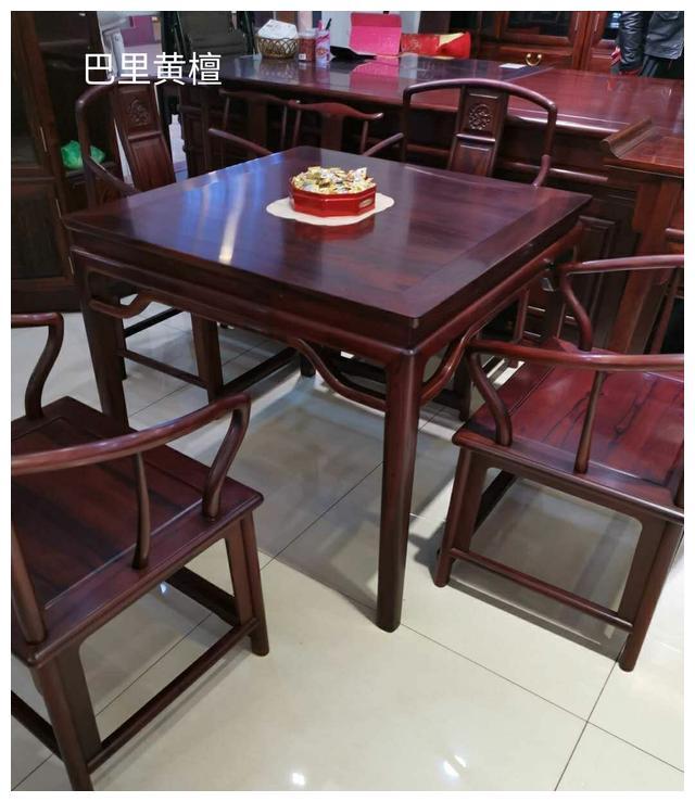 现在红木家具走趋怎样,购买红酸枝家具应该注意哪些?