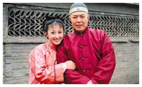 回族第一美女法提麦雅琦,曾与大25岁张铁林同居,今嫁影星李子雄