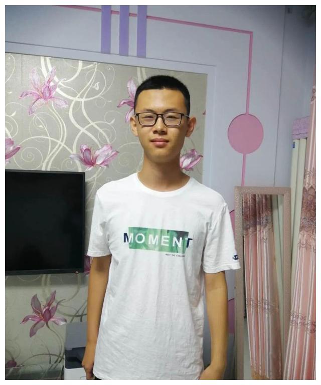 他2020年毕业于衡水中学,考进上海交大!进入衡中发现人外有人