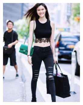 长得不好看但拥有一双美腿,即使是何穗、刘雯都比不过她
