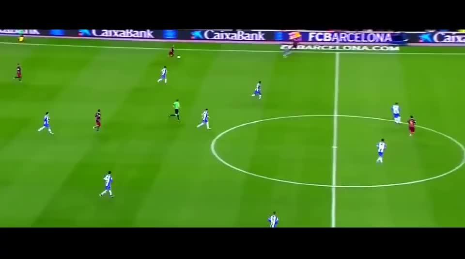 完美中场大师伊涅斯塔,把足球踢出艺术,怀念他巴萨生涯的荣光
