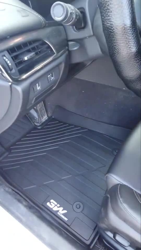 视频:凯迪拉克ATSL专用脚垫丨车门打开那瞬间惊艳到了