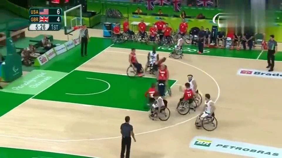 篮球:原来残奥会篮球比赛也有走步长知识了