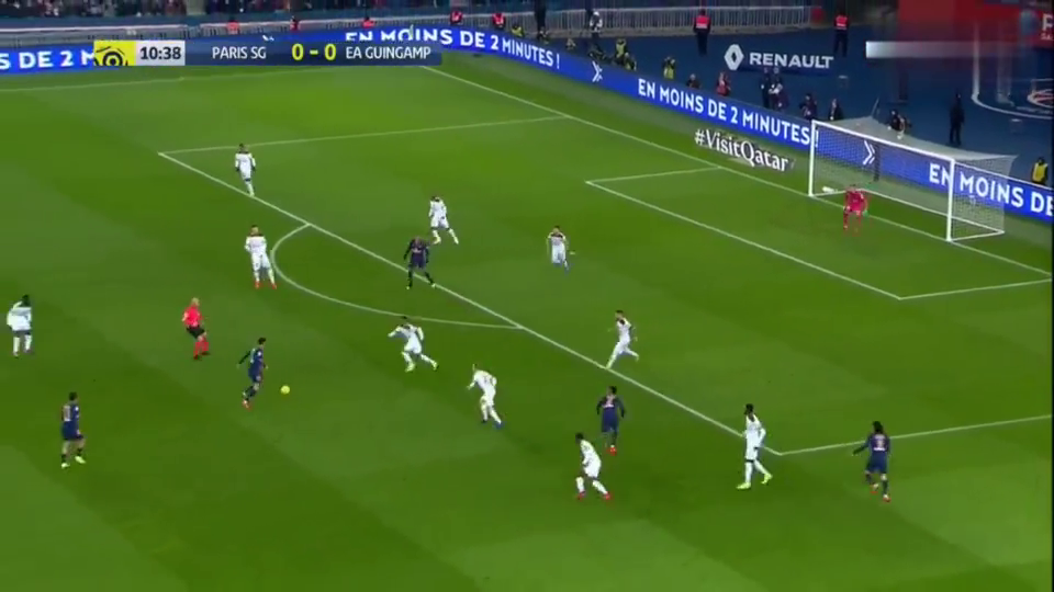 法甲内马尔2球,卡瓦尼姆巴佩3射1传,巴黎9-0狂胜甘冈