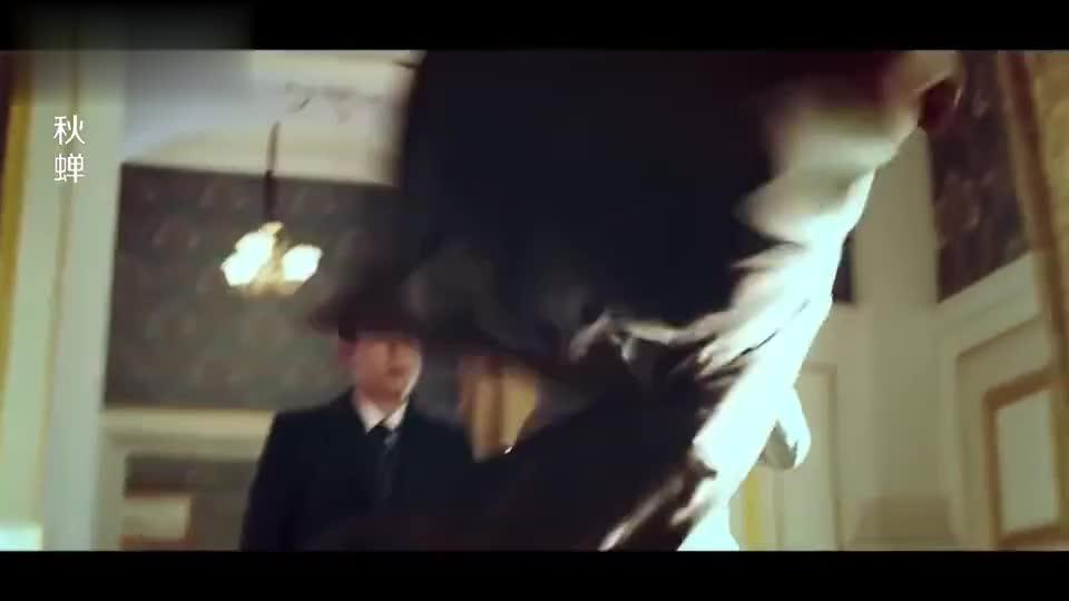 池城终于认出叶冲,两人合作联手,鬼子大佐气到爆炸