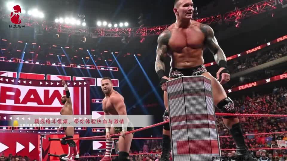 """原始的WWE有多疯狂?选手被锁在""""老虎凳""""上狂电,火花四溅!"""