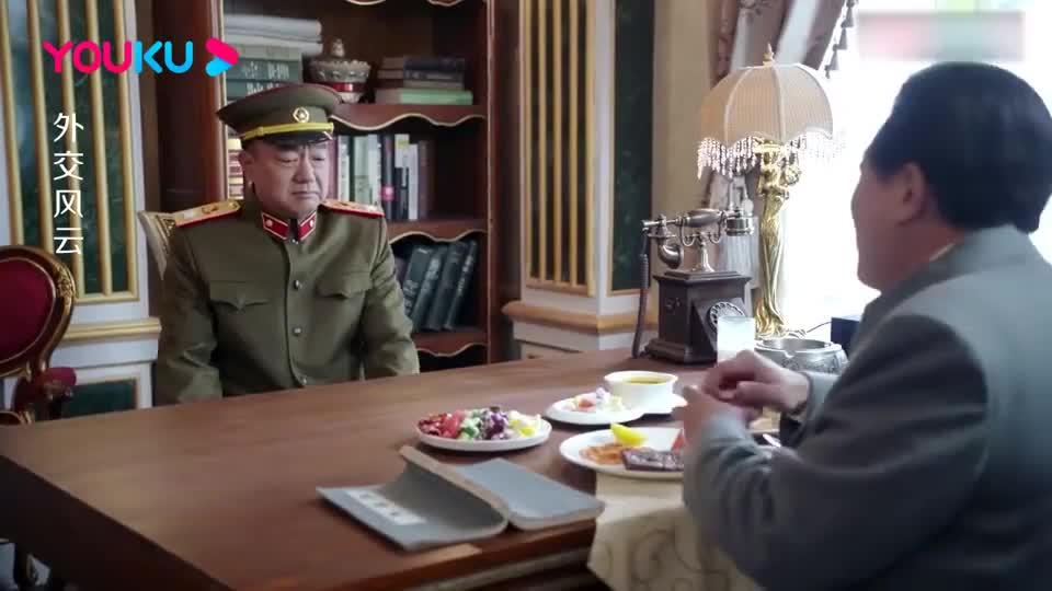 外交风云:彭老总签不下的军事援助,不料主席一出马,直接搞定!