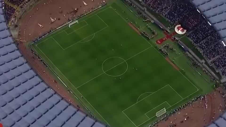 梅西C罗欧冠决赛相遇,为巴萨史无前例的六冠王伟业奠定了基础