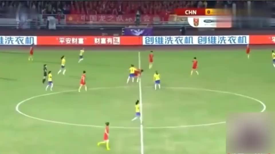 比赛还有十分钟巴西队都提前庆祝了,中国女足连追两球,史诗逆转