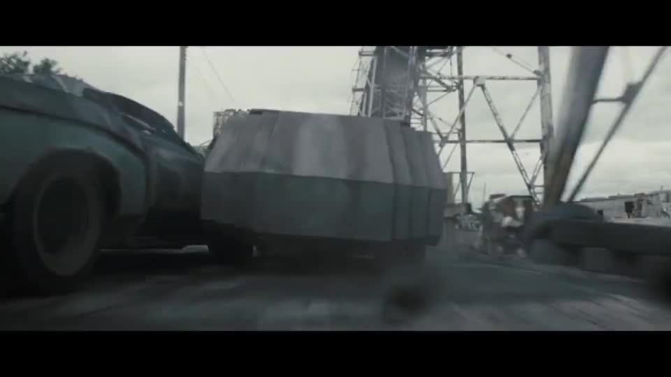 杰森跟对手玩命,用加特林互射,看谁的车好