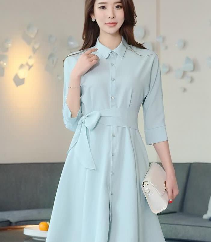 很温柔干净的淡蓝色衬衫裙,低调得体,初入职场的女生不妨多穿