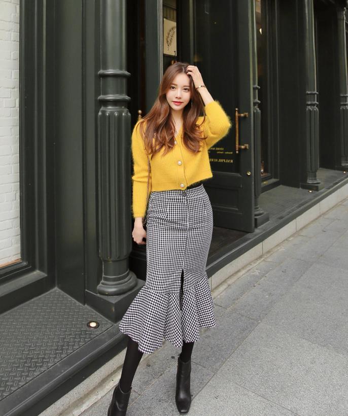 道晖芝穿搭-鲜黄柠檬皙光可爱甜美针织衫,说不出来的美