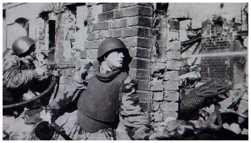 二战最惨烈的战役,新兵平均活不过一天,活三天就能当连长