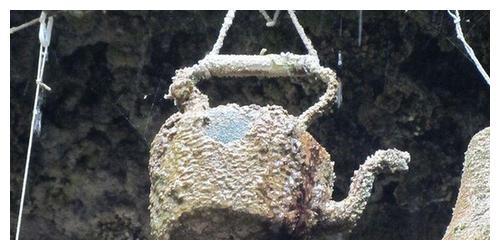 """英国一神秘水井,竟藏着""""美杜莎""""的石化能力,专家看后大惊失色"""