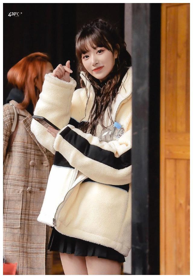 韩国人眼中的《青春有你2》选手,虞书欣太搞笑,想为孔雪儿应援
