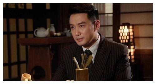 曾是央视帅气男主持人,因节目整改而离开,跟孙俪搭档成功走红!