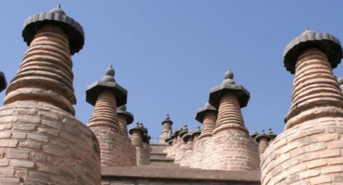 古塔建筑中罕见的大型塔群——宁夏青铜峡一百零八塔,蔚为壮观
