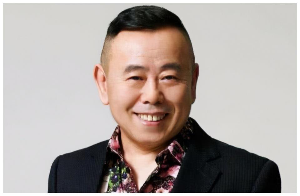 成名后,潘长江想和妻子离婚,杨云:我住厕所8年的日子算什么?