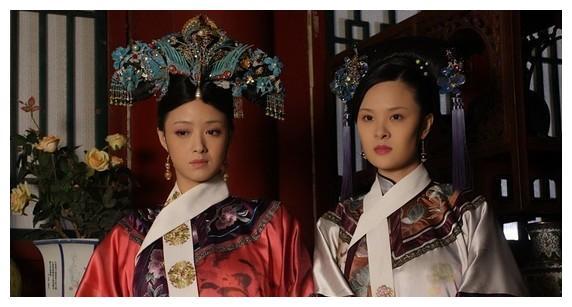 甄嬛传:曹琴默已封襄嫔,为何会被皇后毒死?你看甄嬛偷偷说了啥