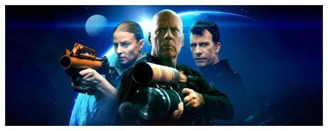 《异星危机》布鲁斯与尼古拉斯凯奇相仿,几乎成为票房毒药的保证