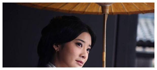 """十个""""撑伞""""的古装美人,刘亦菲挑战高难度,被杨颖、热巴秒到了"""