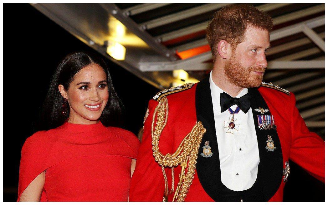 哈利王子远不如梅根聪明?为宠妻甘心被牵着鼻子走!