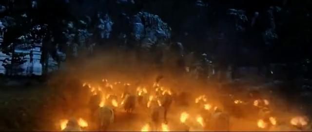 一只穿云箭千军万牛来相见,巴霍巴利王带着他的女神回家了