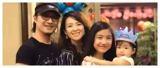 汪峰女儿怒怼媒体,成龙拒认小龙女,父亲犯下的错凭啥孩子买单?