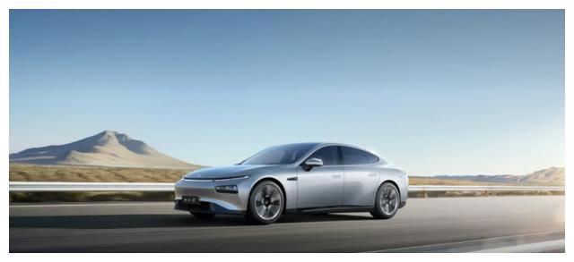 实力超然,它重新定义新能源汽车