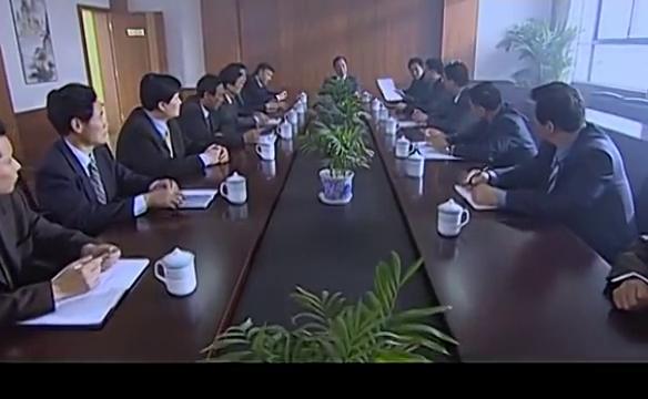 财政局局长刘晓芳炒股亏大了,连公款都赔进去了