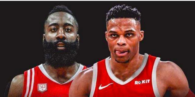在今天凌晨2点,NBA宣布今天的三场比赛再次延期,不过现在的比赛就只是延期