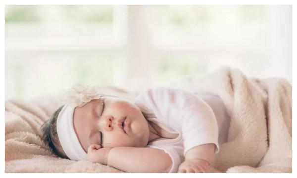 """宝宝在这3个时间段睡得香,妈妈赶紧""""叫醒"""",别耽误宝宝长高个"""