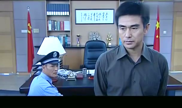 罪域:小伙  跟税务局搭上关系,书记派局长亲自去查,结果意外!