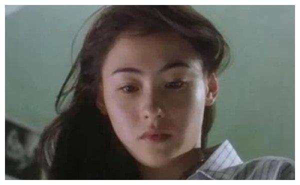 刘亦菲杨幂迪丽热巴从小美到大,看到邓超黄渤的童年照,我笑了