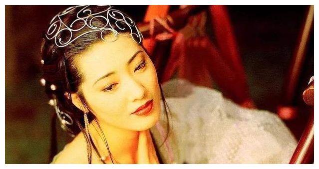 """最美""""潘金莲""""红极一时,嫁入中国后,如今竟成了拉面馆老板娘"""