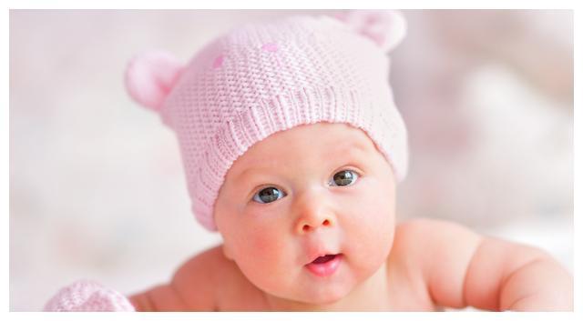5个月宝宝脑出血,送医院后医生怒斥:无知的家长还在做