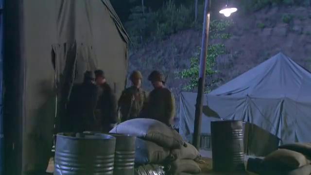 乘风与李司令通电话,不料隔墙有耳,得知雷震混入日军营地