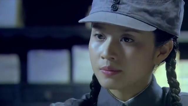 鬼子秘密组织狐计划,谁知被女特工发现,全面狙击日本女间谍